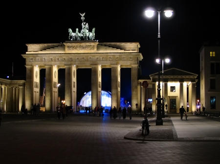 Brandenburger Tor bei Nacht, Berlin